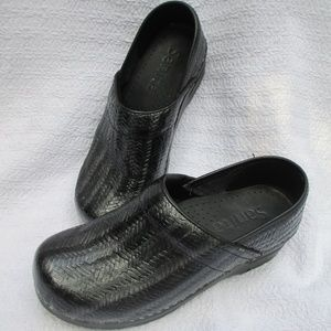 Sanita Danish Clogs